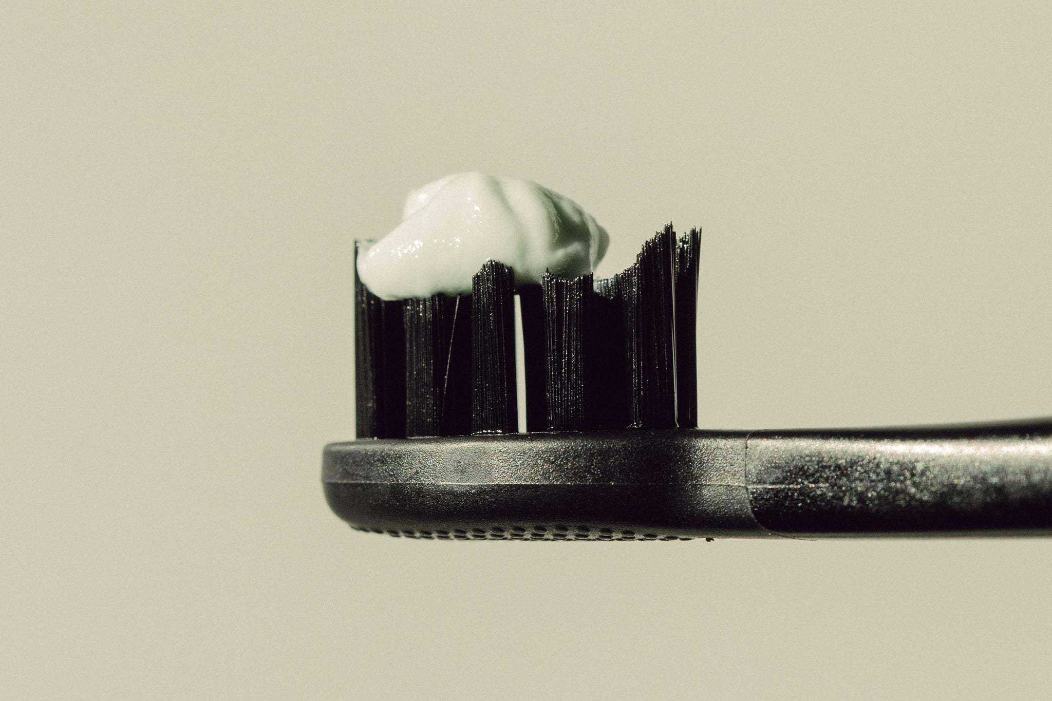 How To Brush Your Teeth: Top 7 Mistakes