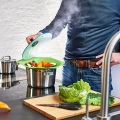 Using The Vitility Boil Over Protector to Steam Vegetables