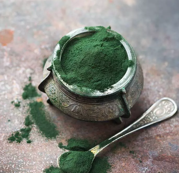 CHLORELLA BENEFITS FOR SKIN + HOME MADE FACE MASK