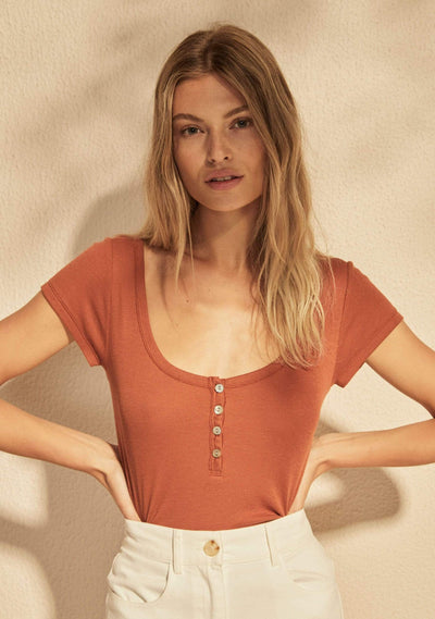 Leo Henley Tee Burnt Orange - Auguste The Label