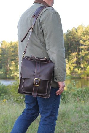 Gentry Leather 3.9 Messenger