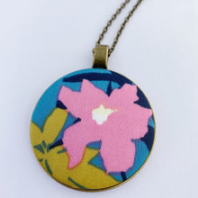 Load image into Gallery viewer, Large Pendant Necklaces