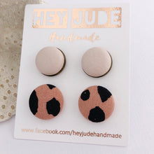 Load image into Gallery viewer, Stud Set Leatherette Bezels + Fabric Studs