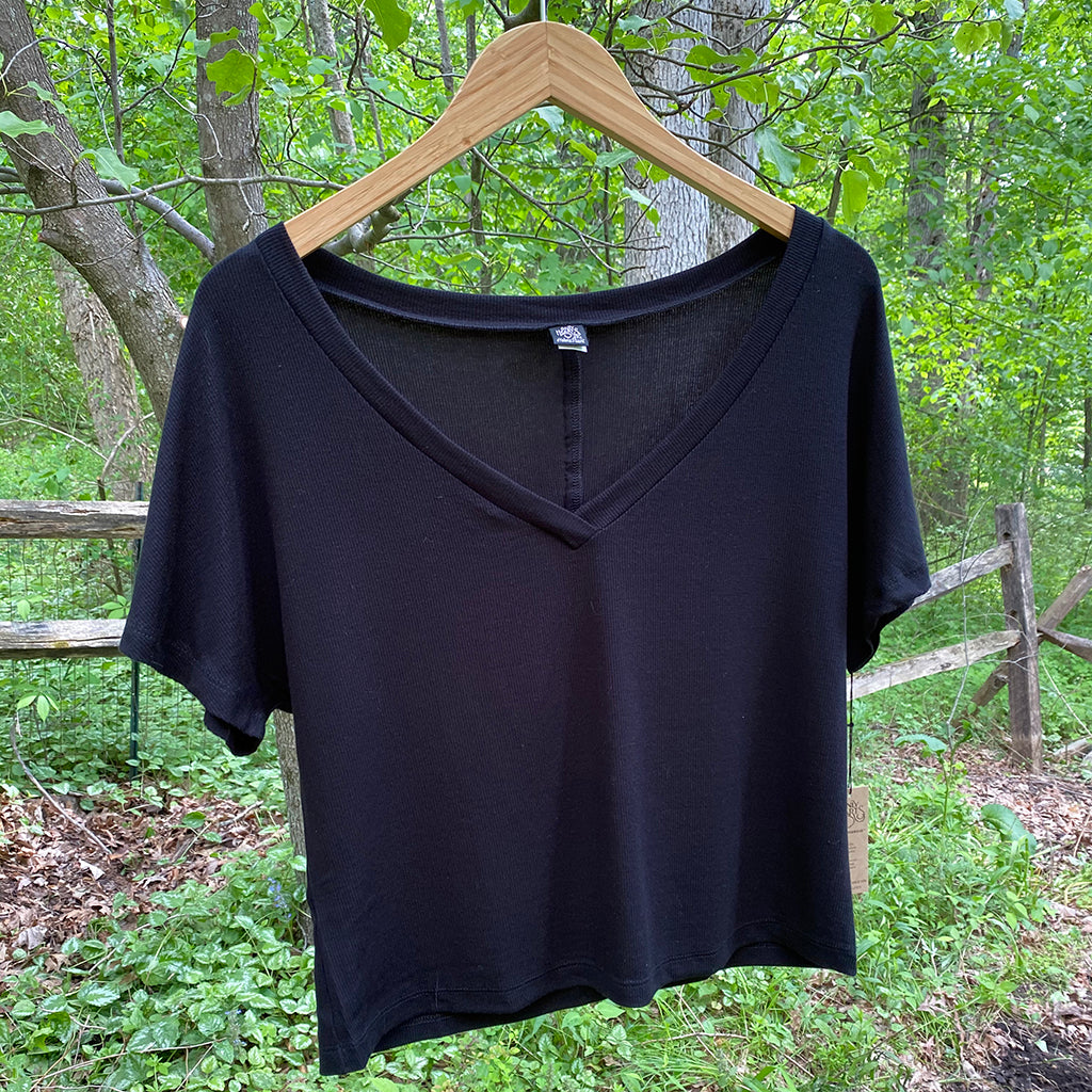 Feather Weight Rib V-Neck Boxy Tee - Salix Intimates