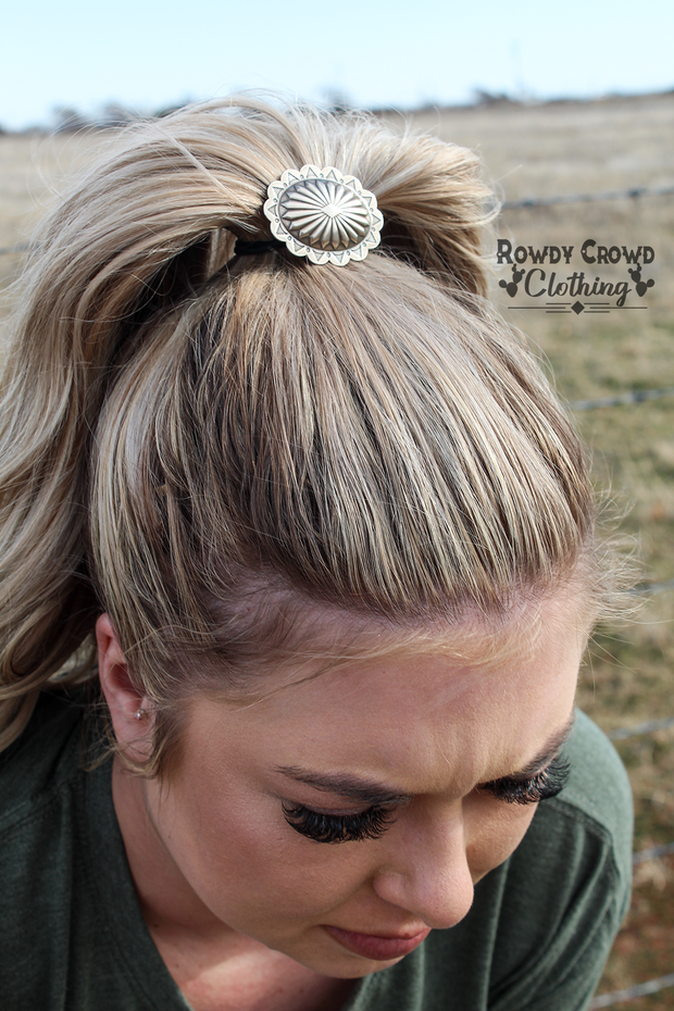 Conway Ponytail - A Blissfully Beautiful Boutique