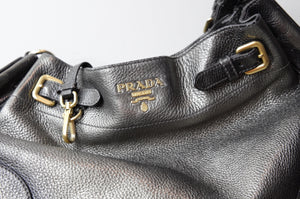 71f9556a85191b Prada Vitello Daino side pocket in silver metallic bag - Dyva's Closet