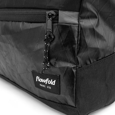 Flowfold Center Zip Backpack Jet Black Logo detail