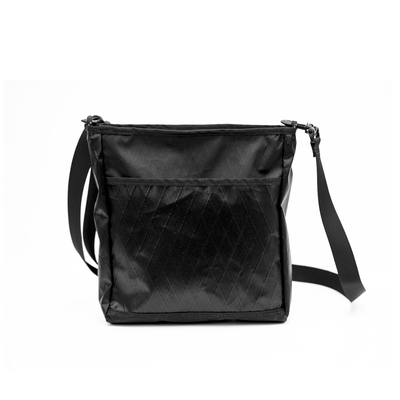 Flowfold Odyssey Medium Crossbody Bag Jet Black back pocket