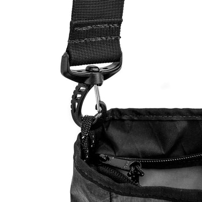 Flowfold Odyssey Medium Crossbody Bag Graphite strap clip details