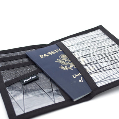 Flowfold Recycled Sailcloth Navigator Passport Holder