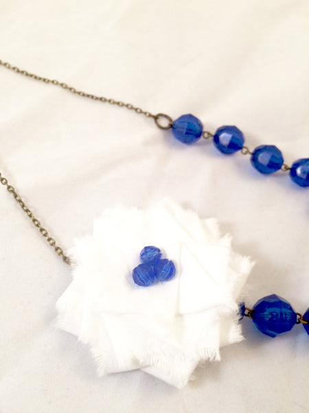 Flower Necklace in Blue and White.