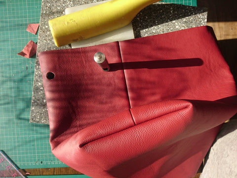 make a bucket bag