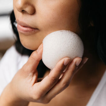 Konjac Sponge - Facial Cleansing & Baby Bathing