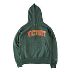 VIC Club Champion® heavyweight reverse weave sweatshirt hoodie in forest green. Classic athletic fit. American classic vintage sportswear 90s boxy fit style. Varsity Design.