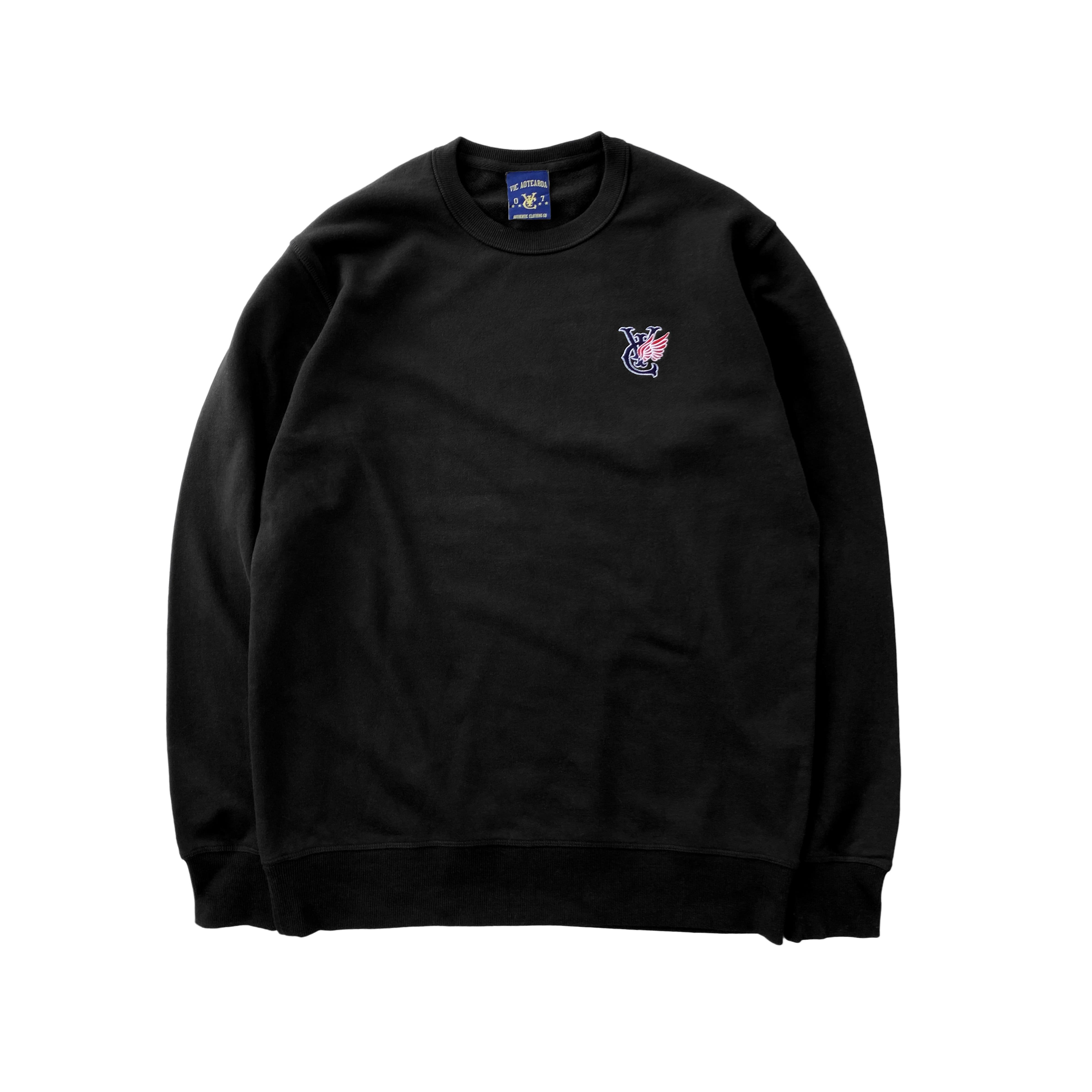 Premium quality sweatshirt Crewneck by New Zealand skate and streetwear clothing label VIC Apparel. Classic minimal design. Relaxed fit.
