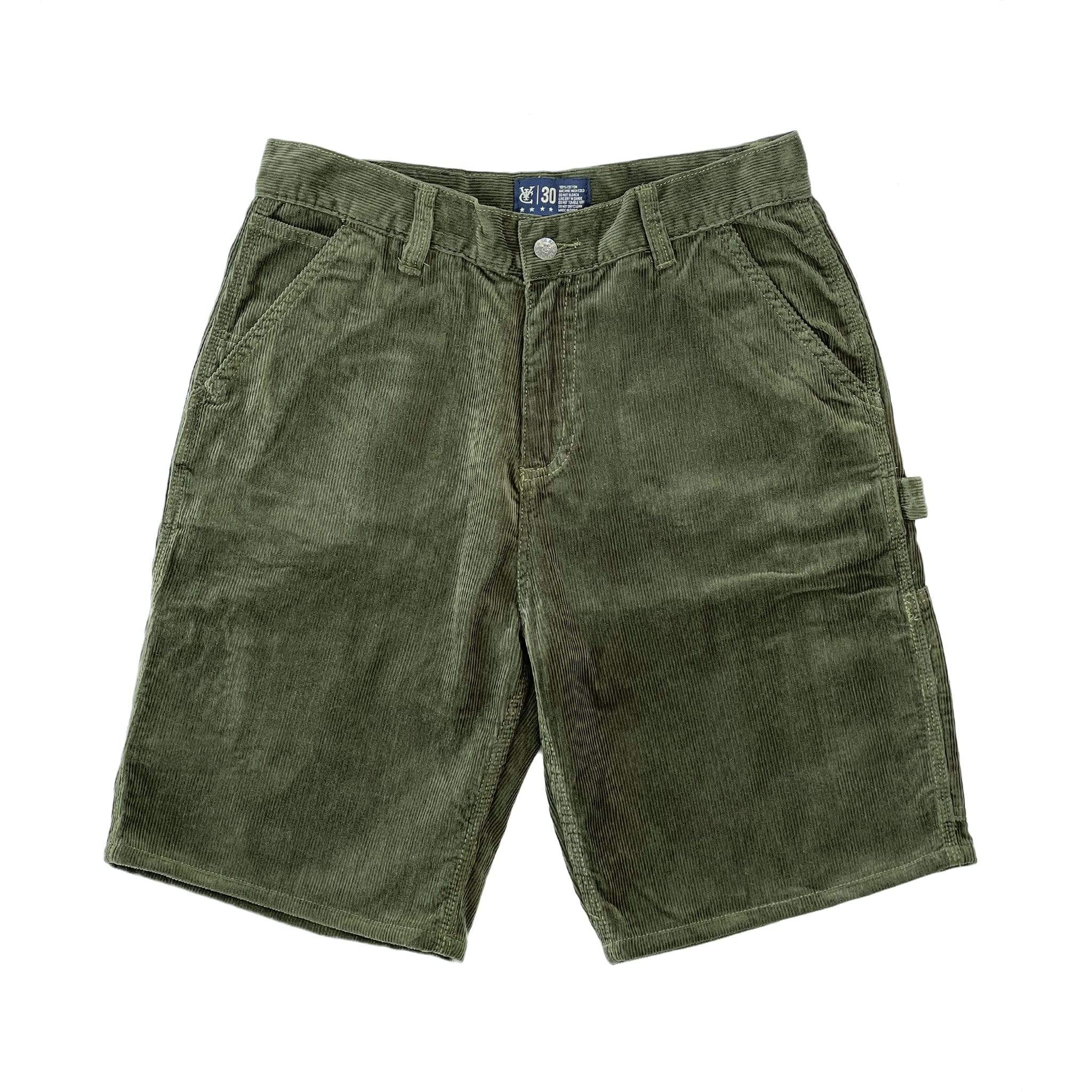 Premium quality corduroy carpenter shorts by New Zealand skate and streetwear clothing label VIC Apparel. Loose fit. Featuring utility pockets, a traditional hammer loop, and triple needle contrast stitching with VIC label flag at the back right pocket. The 80s & 90s Classic vintage workwear cord work shorts style.