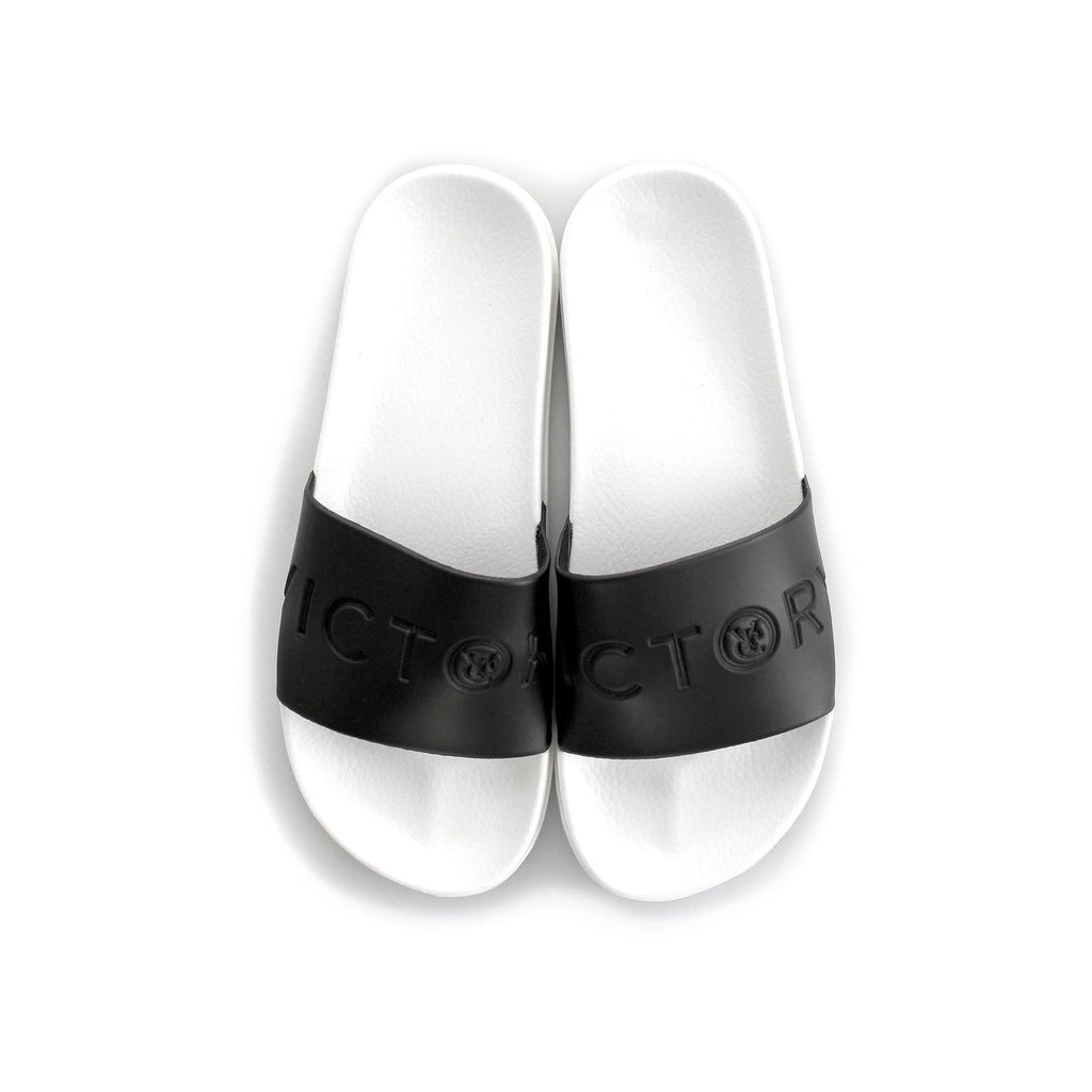 VIC SLIDES - BLACK / WHITE