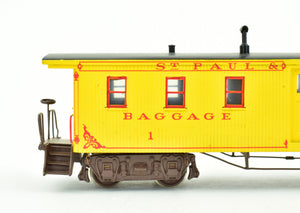 HO Brass Gem Models St. Paul & Pacific Railroad GN - Great Northern Baggage Car Pro Custom Painted #3