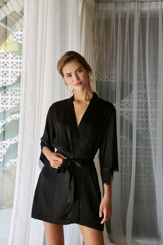 The Everyday Robe - Jet Black - Wustler