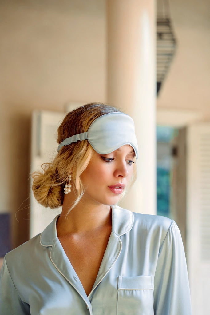 Silky Eye Mask with Pouch - Dusty Blue