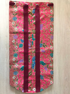 Yoga Mat Bag - red/burgundy floral