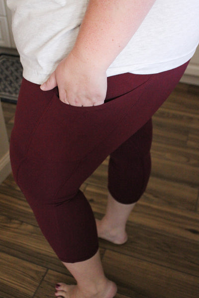 Willow Perfect Leggings Crop in Burgundy