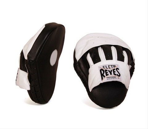 CLETO REYES CURVED PUNCH MITTS WHITE
