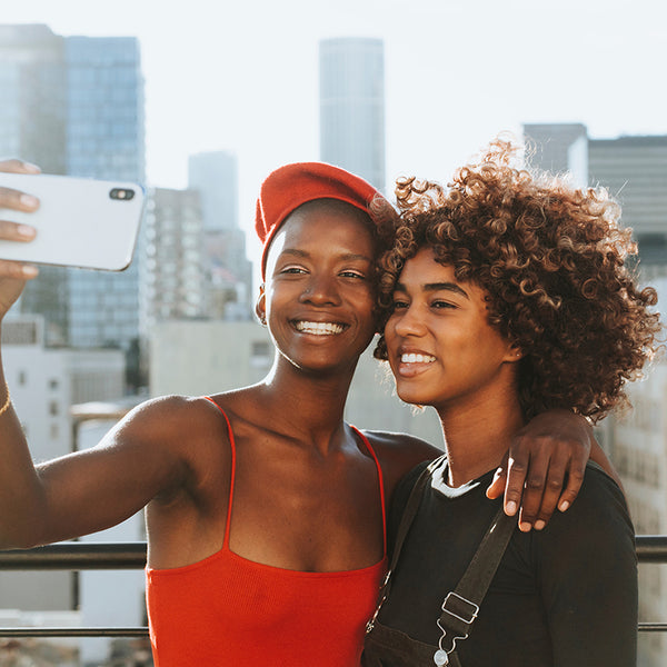 Is the age of selfies - aging you?