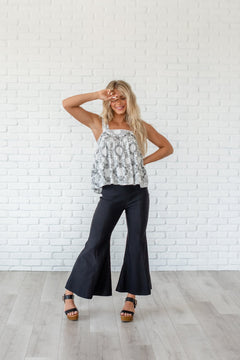 Simply Chic Flare Pant