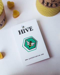 Mint green bee hard enamel pin badge