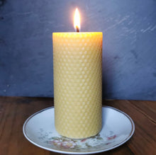 Load image into Gallery viewer, Lit handrolled beeswax candle