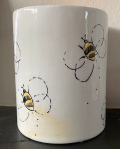 Hand-painted wax melt burner - bee design - SECOND