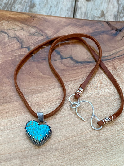 #8 turquoise heart with crown bezel