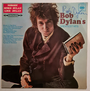 Bob Dylan Autographed 'Greatest Hits' Album COA #BD64735
