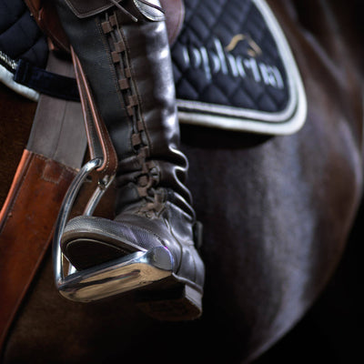 The Three Best Safety Stirrups for Beginners