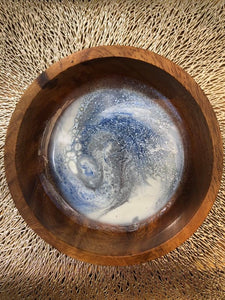 Wood trinket bowl with resin inlay