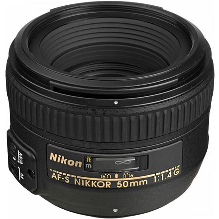 affordable beginner lens nikon
