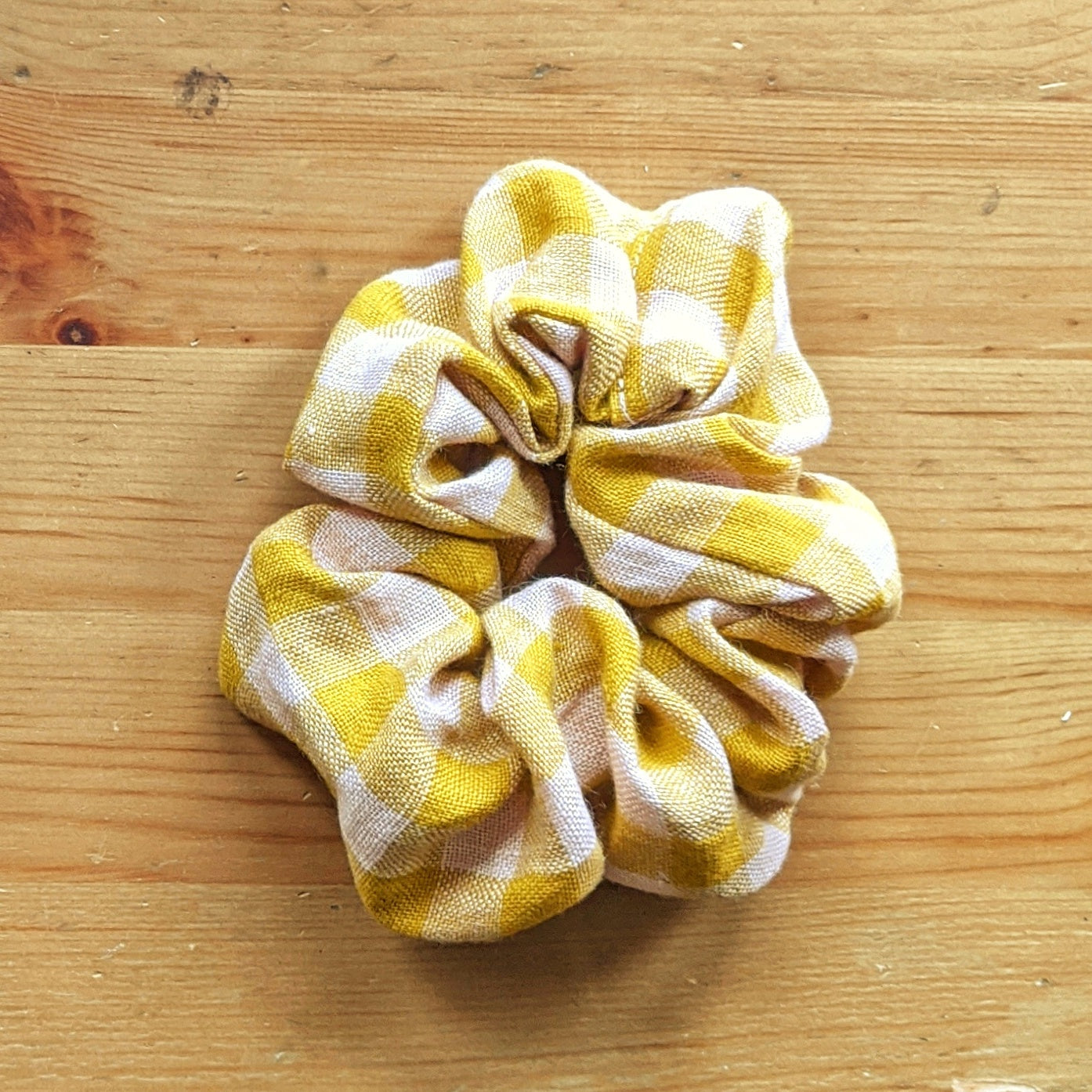Pink and Yellow Gingham Scrunchie - Zenzero Clothing