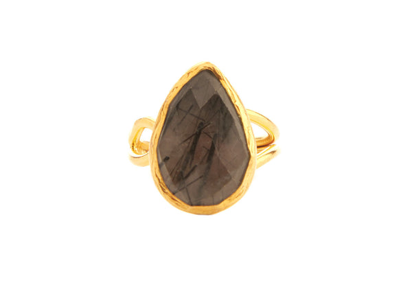 Hera Quartz Crystal Stone Ring