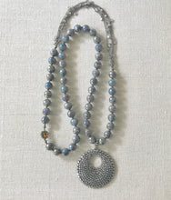Load image into Gallery viewer, Starla Labradorite Pendant Necklace