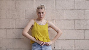 Betty top in yellow