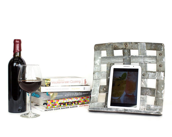 ORGANIZATION Collection - Rezga - Wine Barrel Ring Cookbook or Tablet Stand