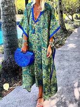 Green Patchwork 3/4 Sleeve V Neck Maxi Dresses