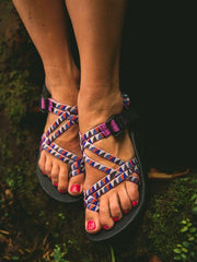 Crossover Strap Toe Flats Sandals