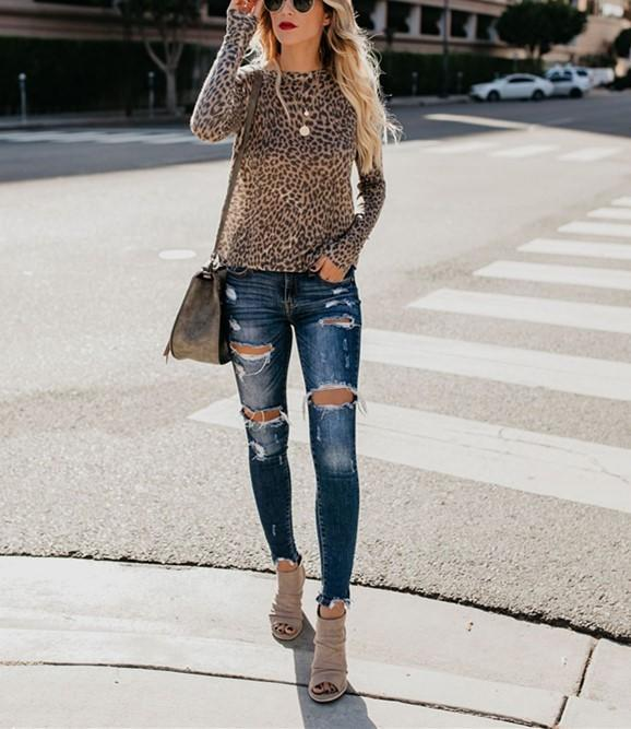 Fashion Sexy Leopard Print Top With Long Sleeves And Round Collar T-Shirt