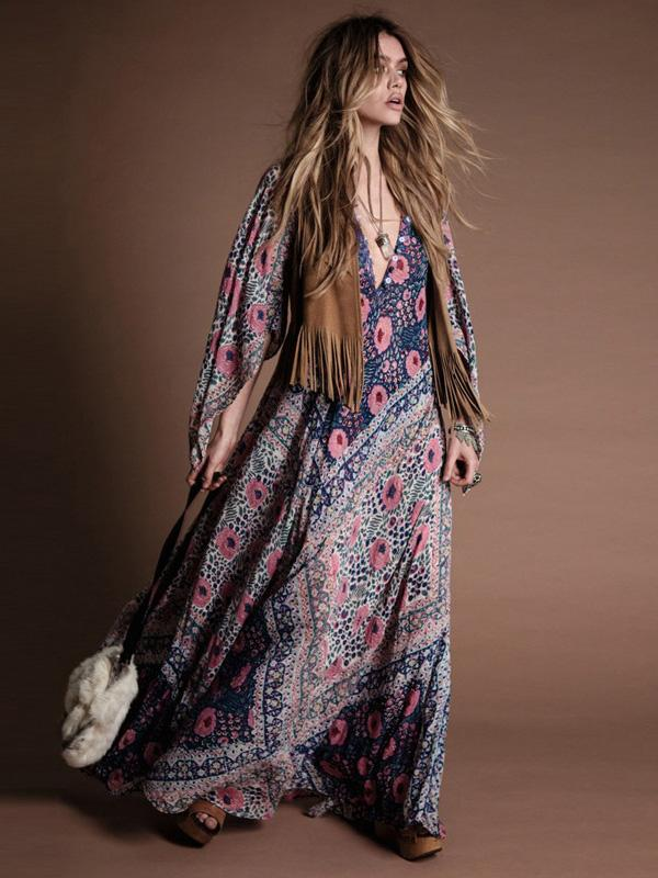 Printed V-neck Cloak Sleeve Maxi Dress