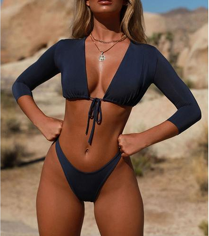Front knot with 3/4 sleeves bikini
