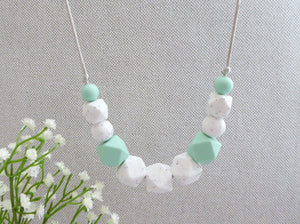 Teething necklace Silicone teething necklace Nursing necklace chomp Baby teething Breastfeeding necklace Chewable Necklace Teether Chewelry