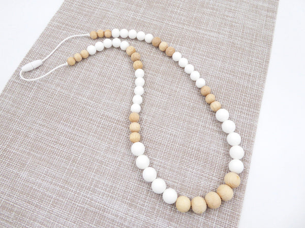 Teething Necklace Wooden Beads White - Porridgekid