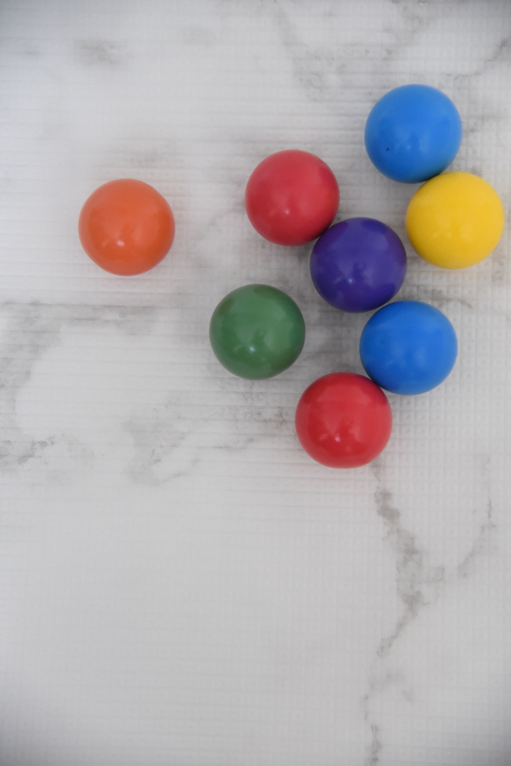 Rainbow Coloured Balls (8 Pcs)